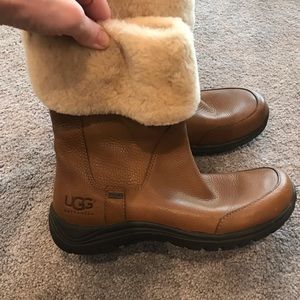 Leather Uggs size 9